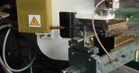 <b> Brazing</b>:   Generator with connected inductor for hard brazing.