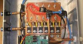 <b> HF1-VA5 aplikace</b>:  Generátor v hliníkové skříni.