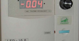 <b> Zdroj</b>:  Tento modul obsahuje napájecí zdroj pro generátor s regulací teploty a regulátor otáček pro tažný strojek.