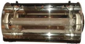 <b> Topné Tělísko </b>:  Je možno vidět po odšroubování horního krytu a odejmutí tepelné izolace.
